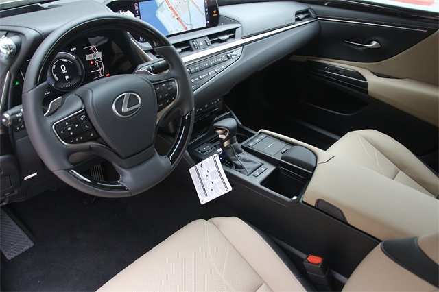 New 2019 Lexus ES 300h LUXURY 300h Luxury